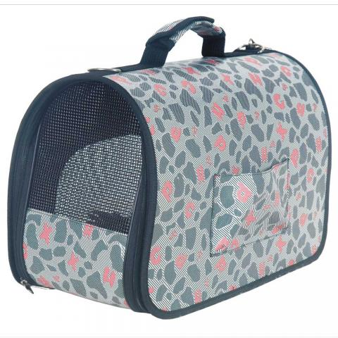pet carrier 宠物笼